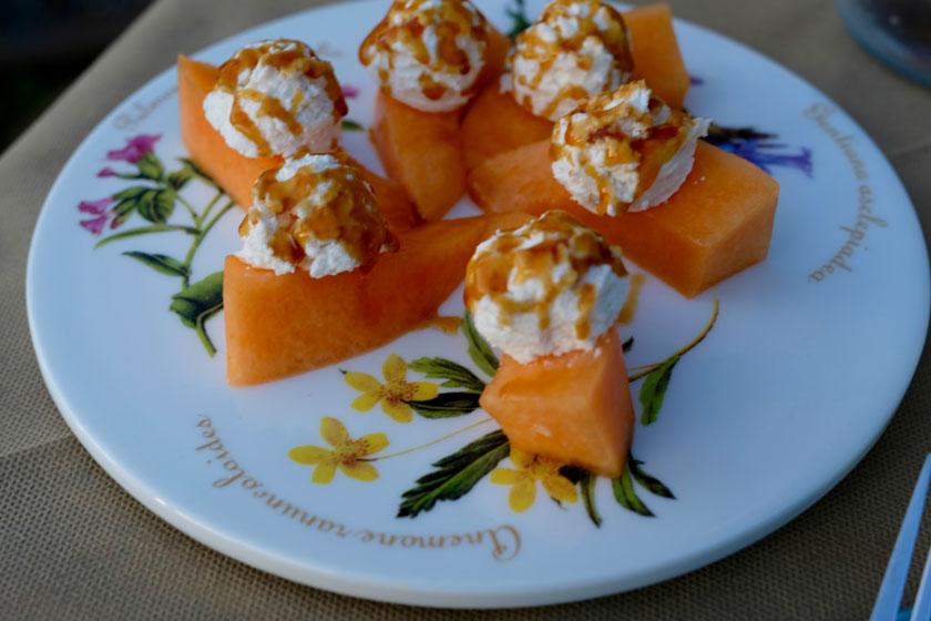 Melone mit Ricotta und Waldhonig