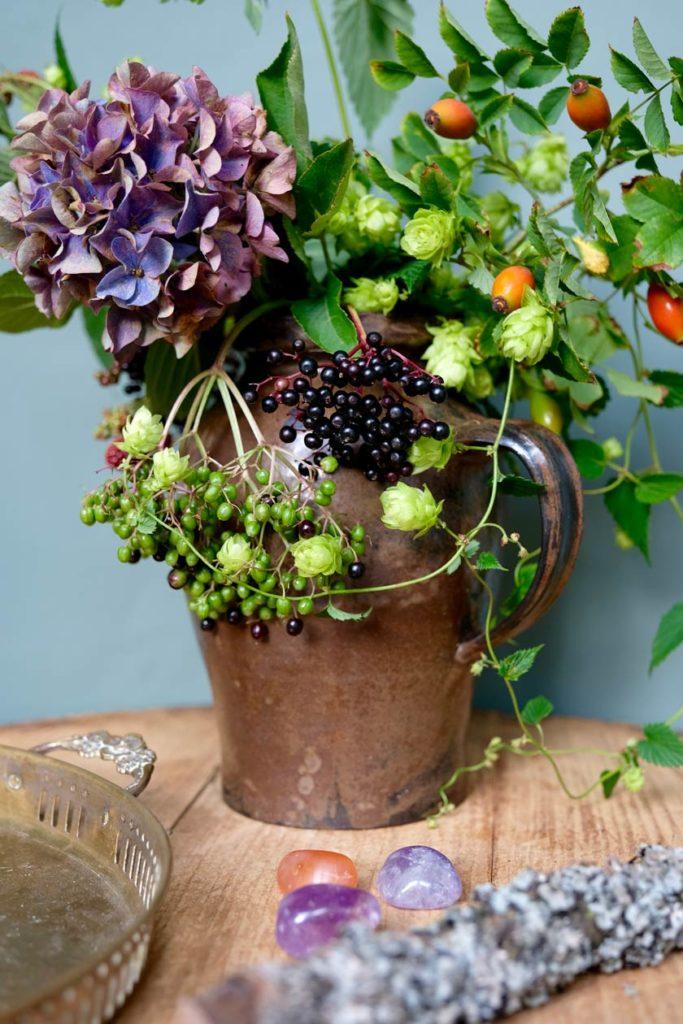 Inspiration: Beeren und Blüte in Violett