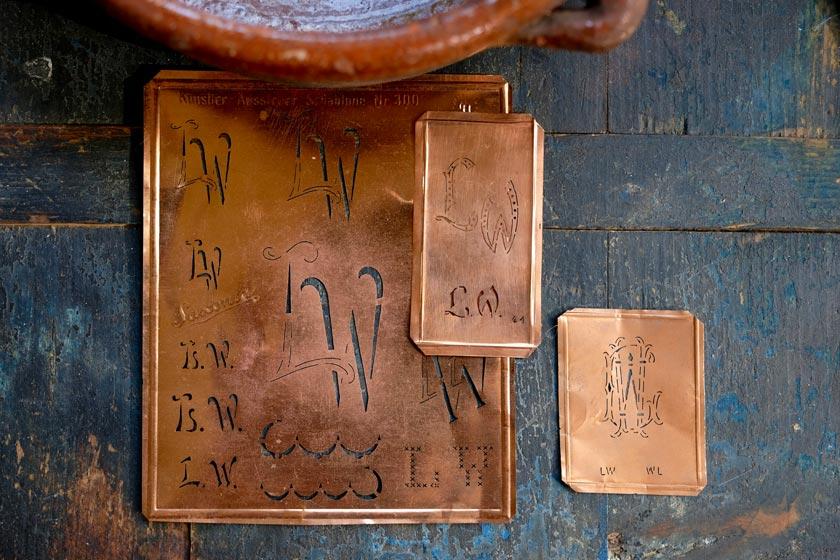 Stickschablonen aus Kupferblech