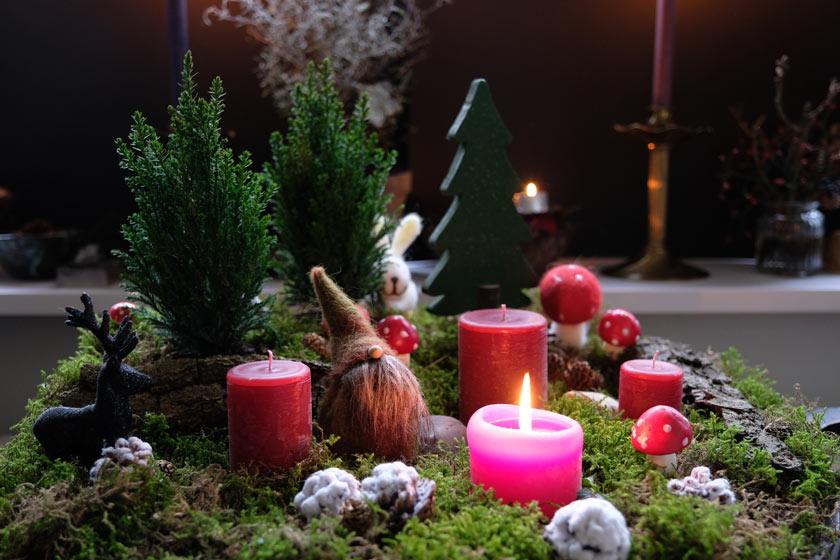 DIY Adventsdekoration: Waldweihnacht. Winterwald statt Adventskranz + Apfellichter