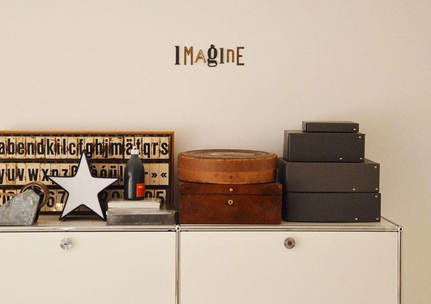 Zu Besuch bei den Freundts – Vintage-Buchstabensammler aus Hamburg. Ein Porträt.