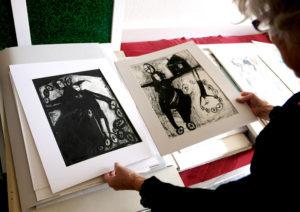 Zu Besuch bei Künstlerin Janina Musiialczyk – Zeichnungen und Malerei