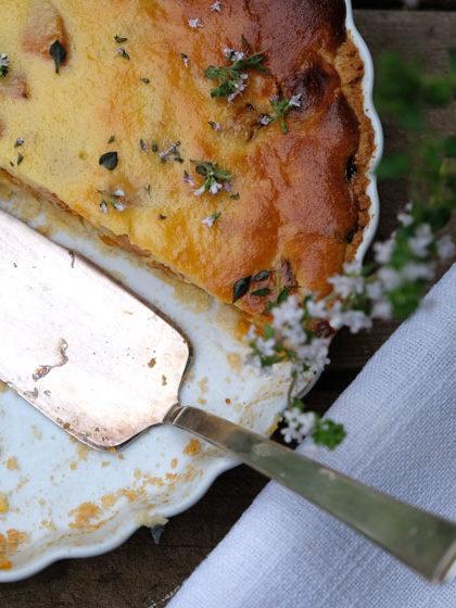 Aprikosen-Tarte mit Thymian, super saftig und köstlich
