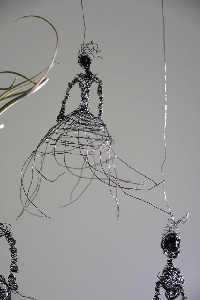 Figurinen aus Draht als Halterung für Tillandsien, DIY