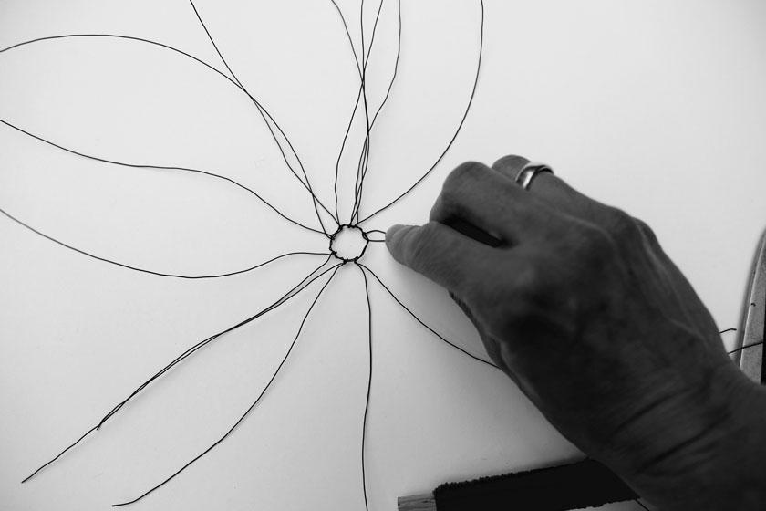 Tillandsien-Halterung, DIY aus Draht gewickelt
