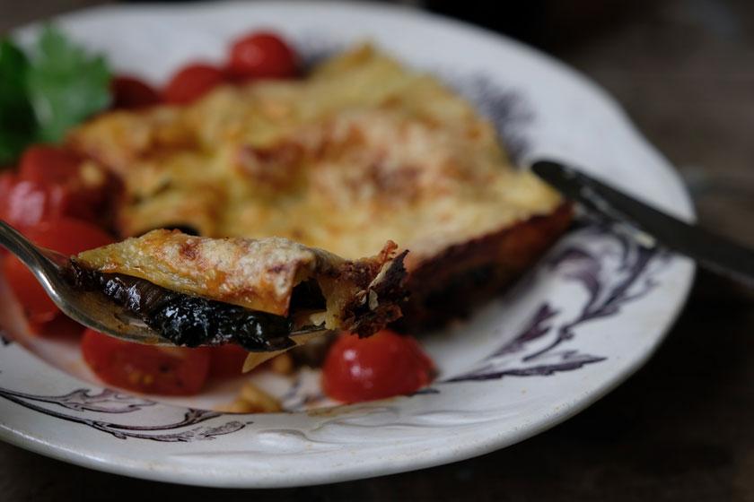 Mangold-Lasagne mit Tomaten