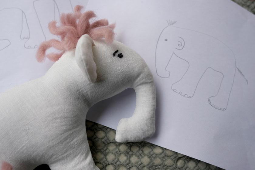DIY-Stofftier mit Kindern nähen