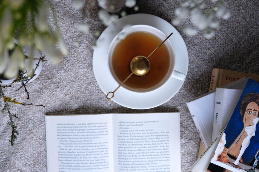 Weißer Tee für gemütliche Winternachmittage