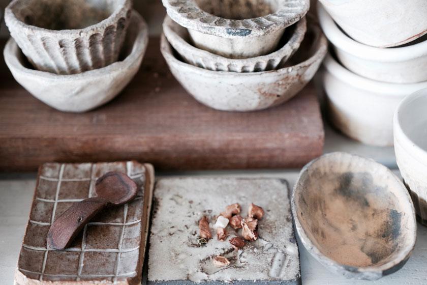 Die Poesie der Haptik - Keramik von Tina Kami