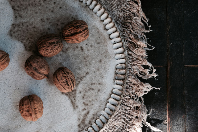 Die Poesie der Haptik- Keramik von Tina Kami