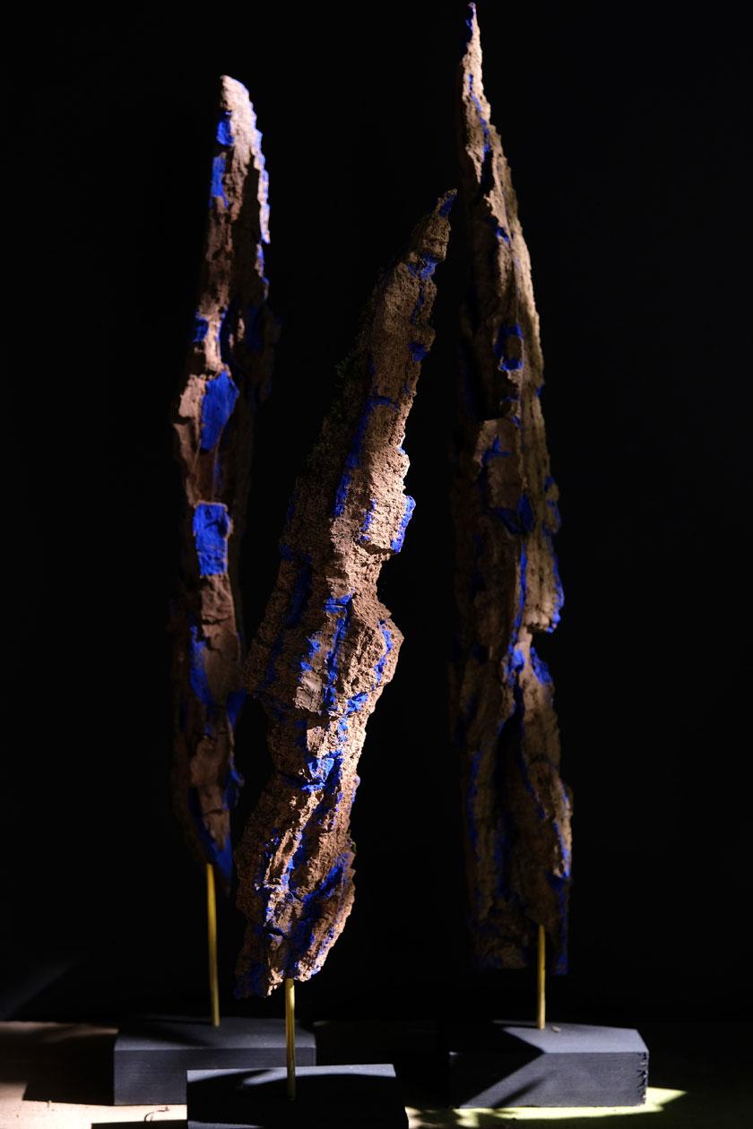 Skulpturen-DIY: Rinden, blau