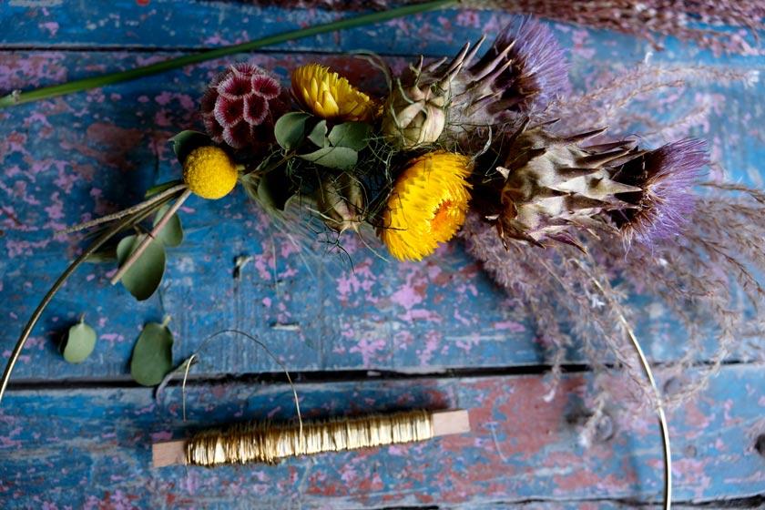 Anleitung zum Binden leuchtender Herbstkränze