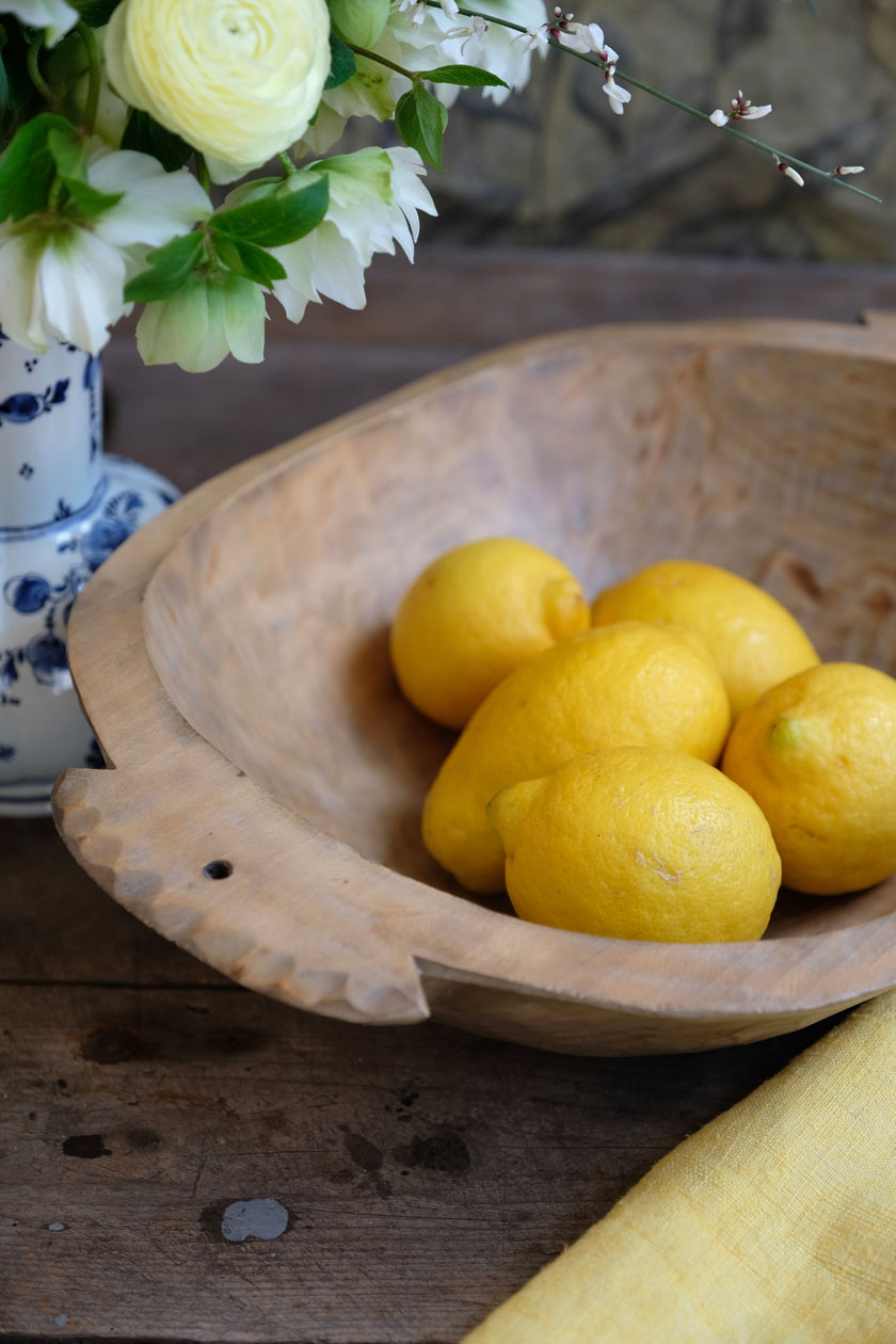 Zitronencreme macht die Rüblitorte so frisch und aromatisch
