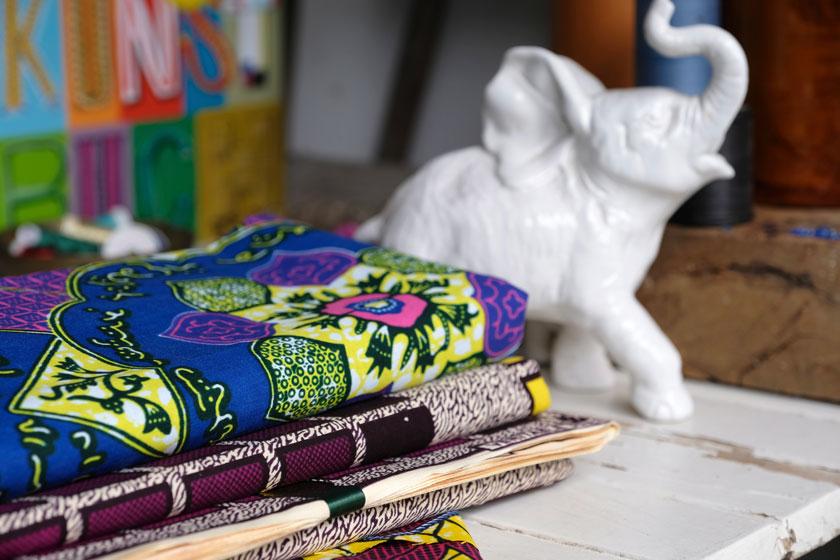Sommerliche Taschen aus Waxprints. Ein DIY