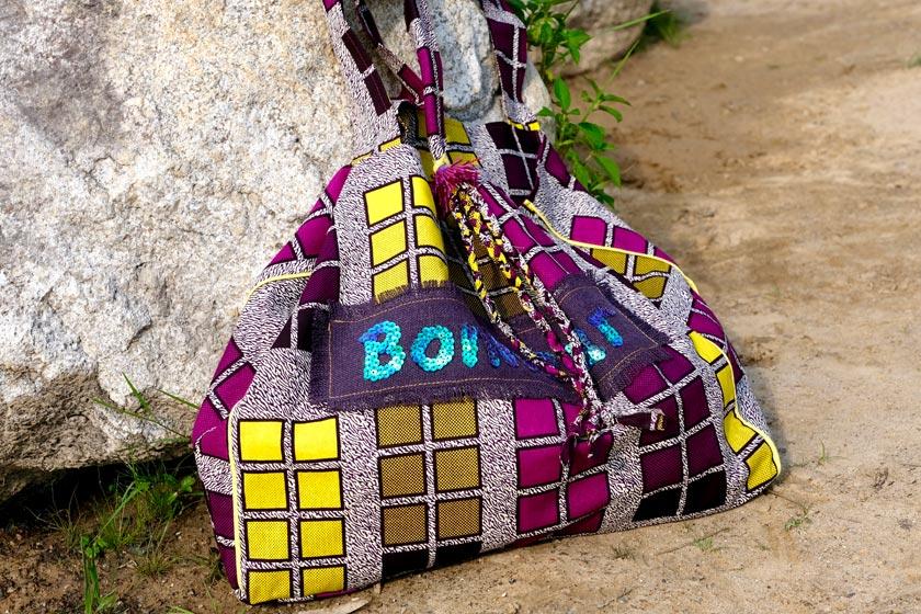 DIY-Taschen aus Waxprintstoffen. Inspired by Africa
